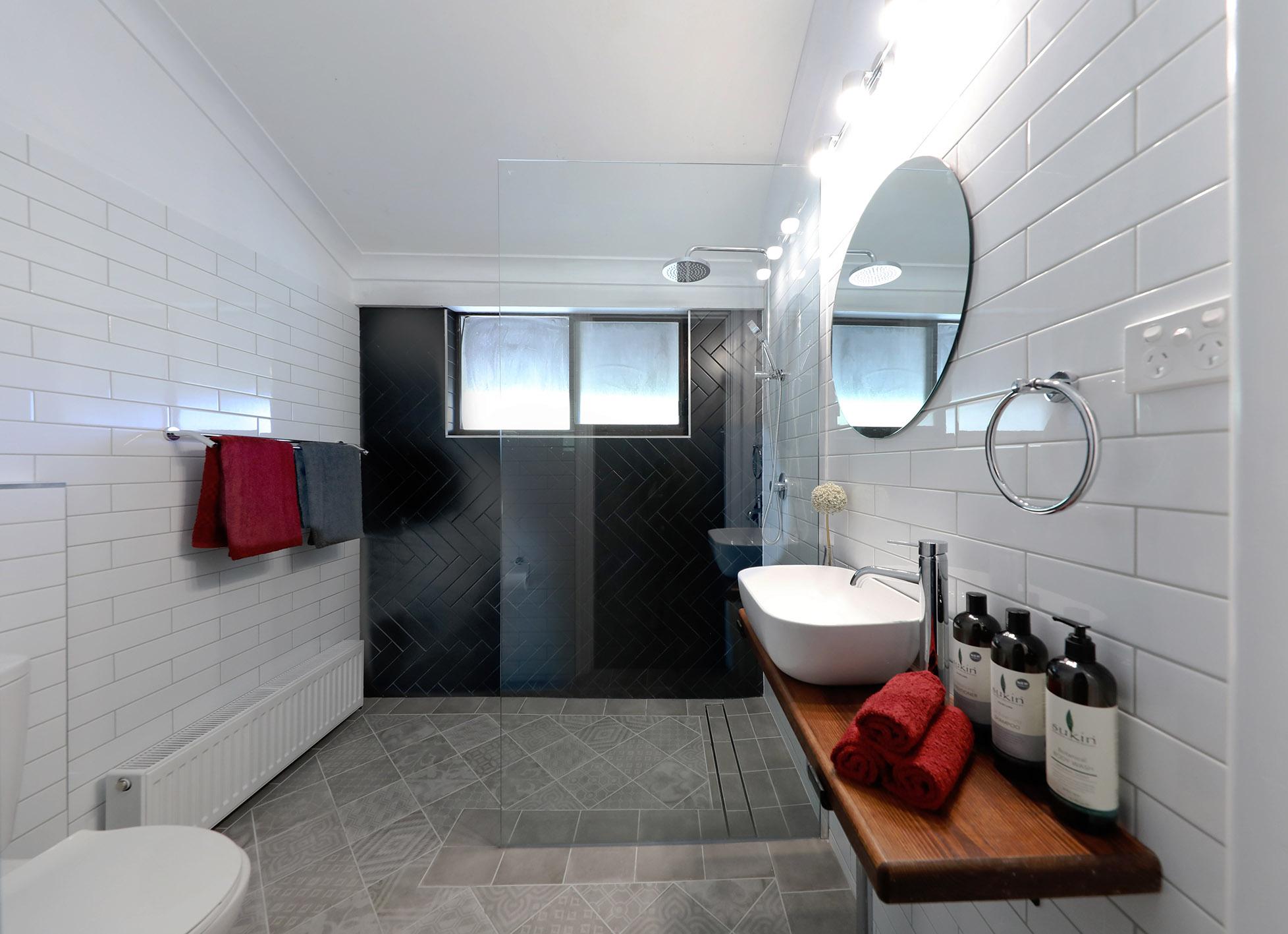 Bath 10 02