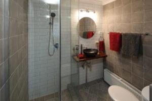 Bath 3 02